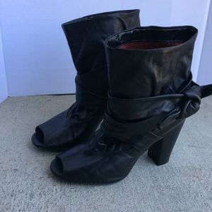 Bronx Open toe Black Bootie